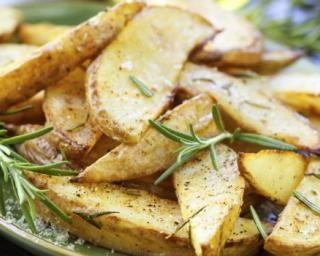 Potatoes minceur au romarin cuites au four