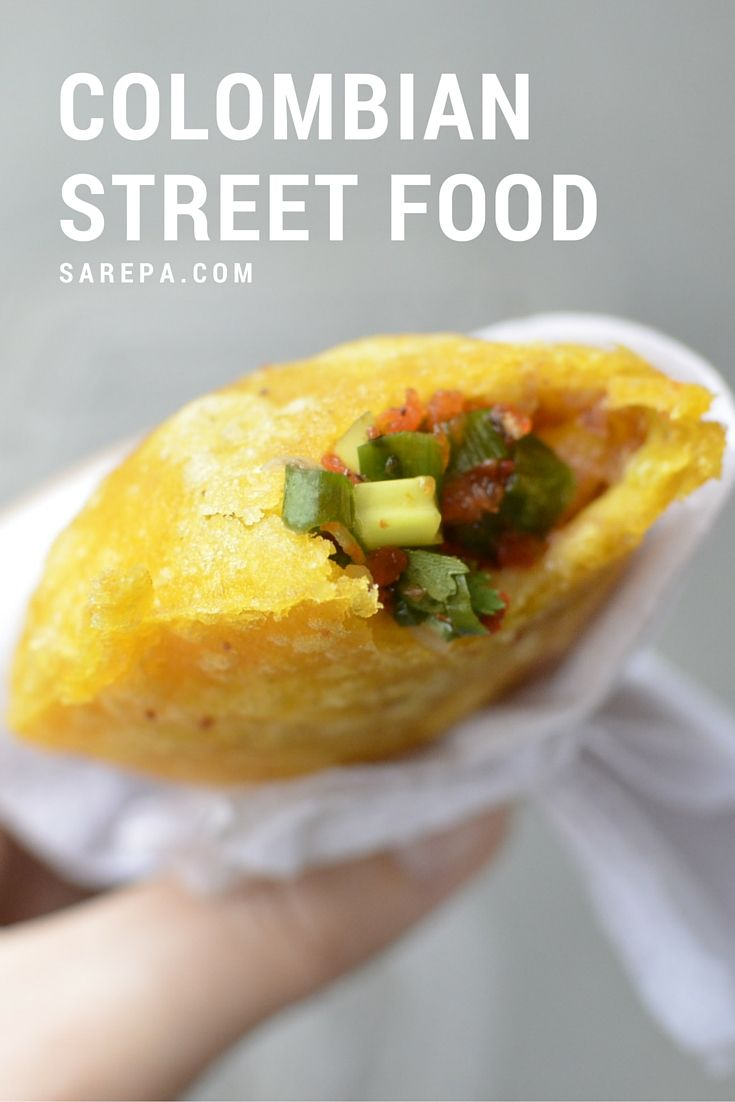 Colombian street food http://www.sarepa.com/2015/10/21/colombian-street-food/