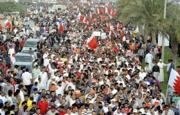 Bahrain: ergastolo per nove manifestanti anti-regime
