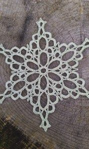 Snowflakepatterns: Pale Snowflake - Free Crochet Pattern.