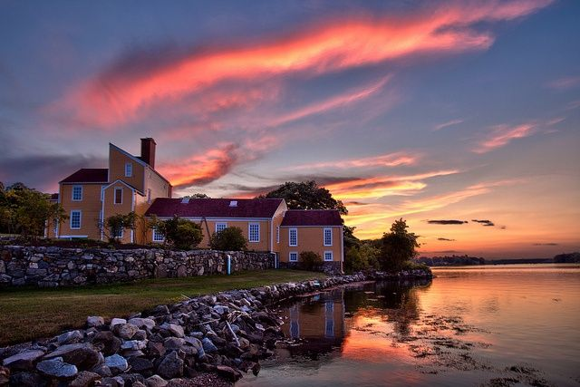 Wentworth-Coolidge Mansion Sunset