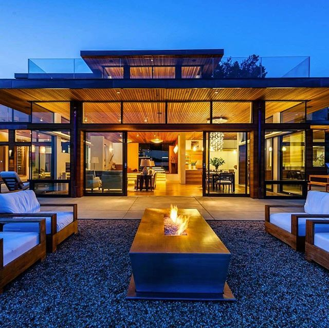 Every relationship needs the right environment to grow. Open spaces like this are great for communicating with old friends and new friends. Do you agree? - posted by Cameron Jo'van https://www.instagram.com/camjovan - See more Luxury Real Estate photos from Local Realtors at https://LocalRealtors.com/stream