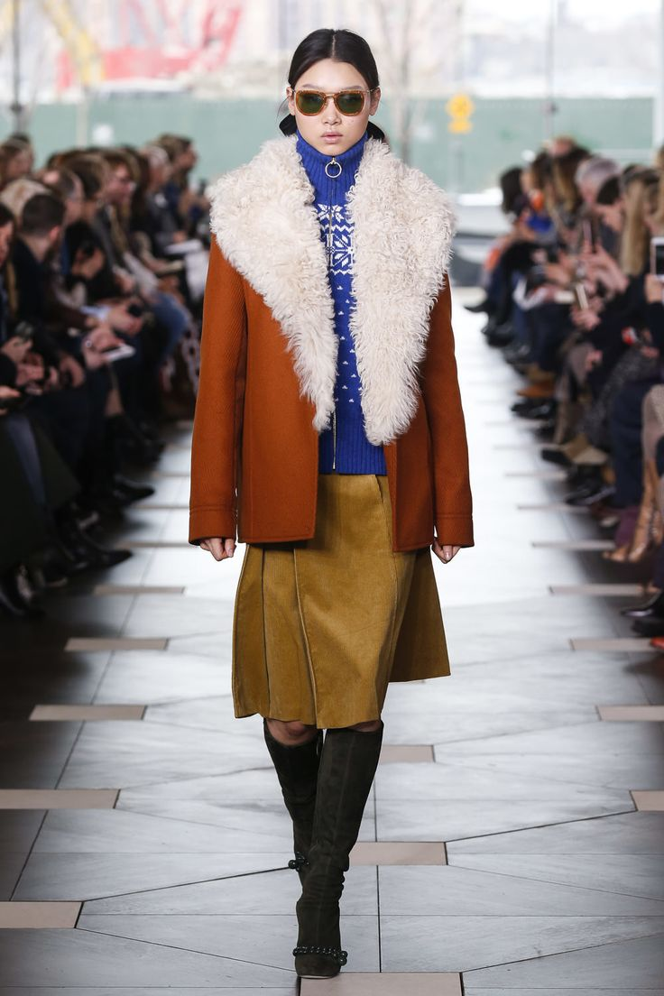 A runway look from the @ToryBurch Fall/Winter 2017 Fashion Show #ToryBurchFW17 #nyfw