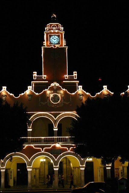 Merida Mexico by night