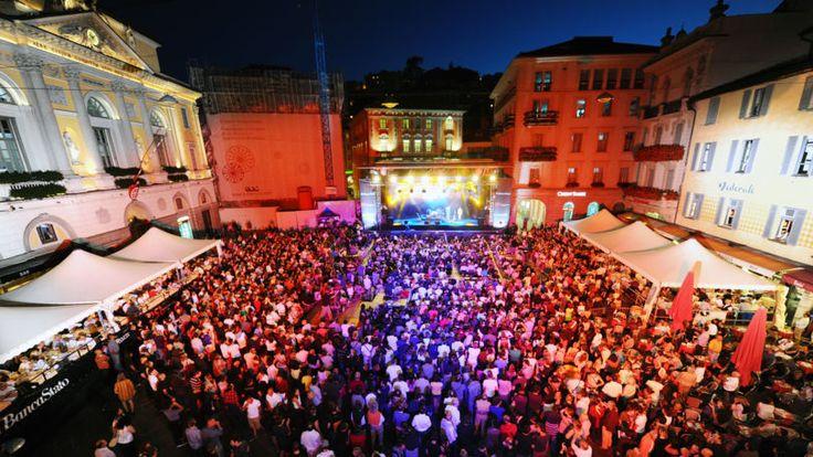 Le centre historique de Lugano - Jazz Festival with la familia