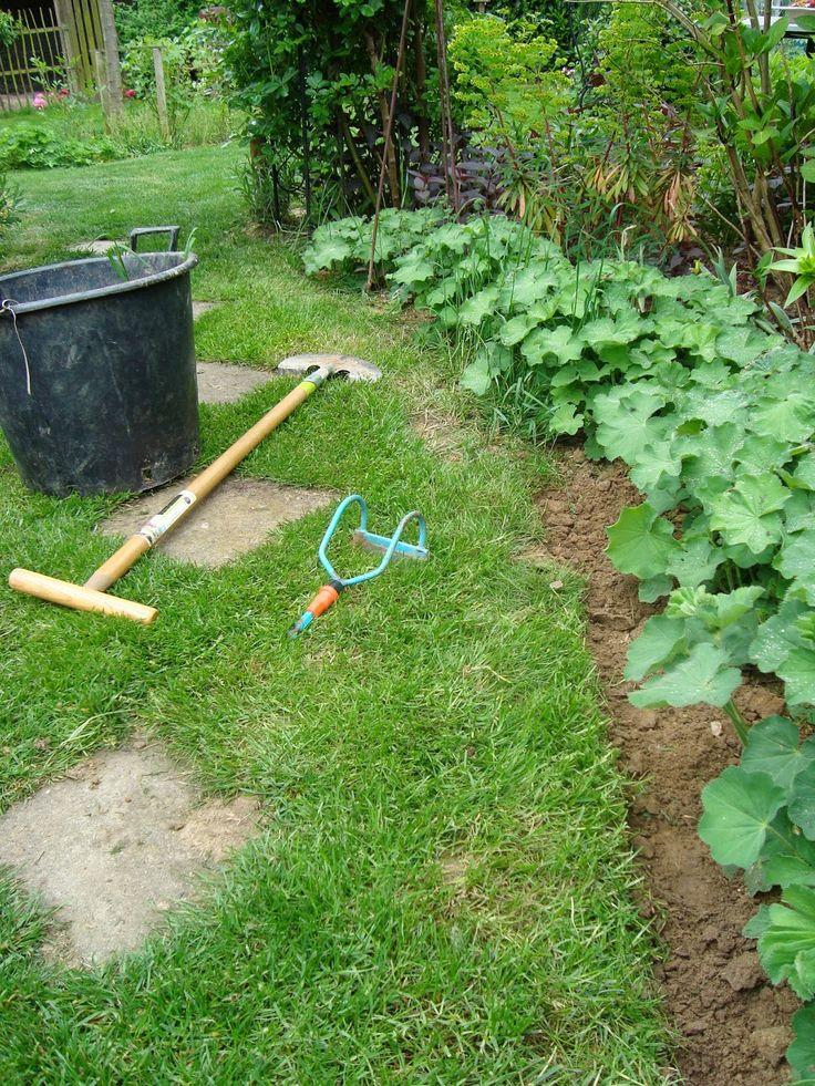 Passionn ment jardin penser faire les bordures c 39 est plus joli jardin entretien for Recherche jardinier pour entretien jardin