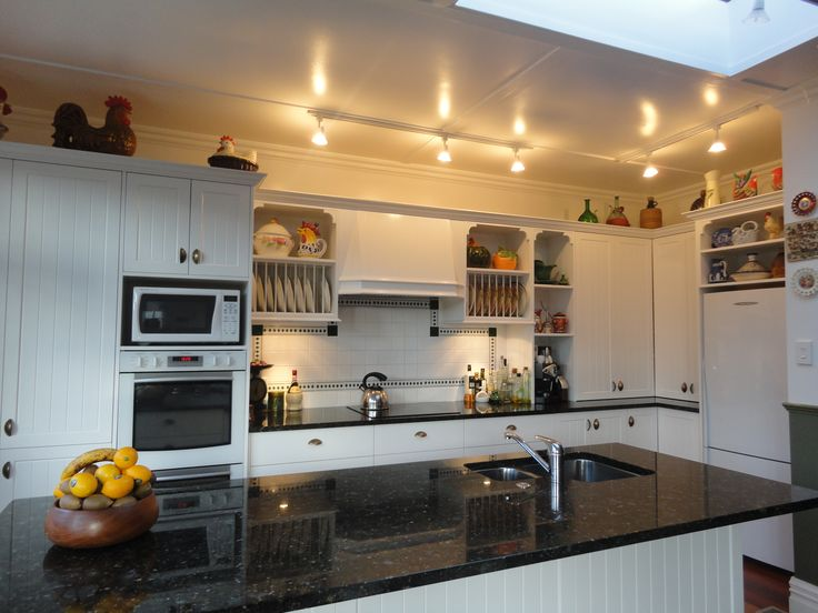 Ann Beales Kitchen 6