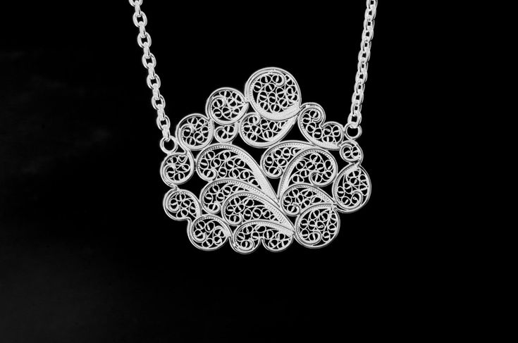 Cloud filigree necklace  Material: sterling silver