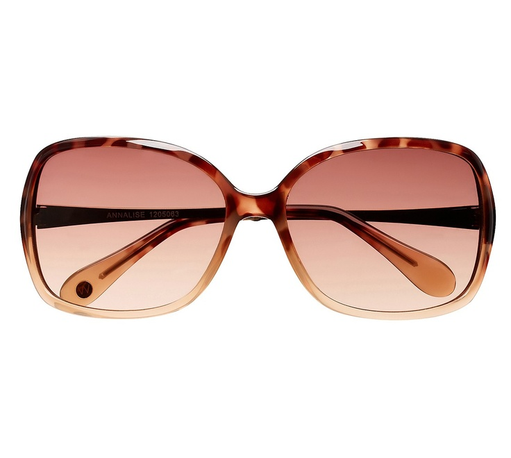 Annalise Sunglasses - Witchery (outfit 4)