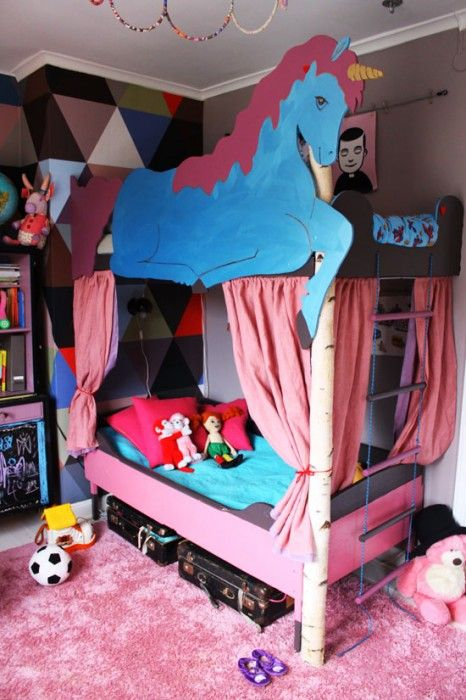 Isabelle mcallister, DIY, unicorn, bunk bed, bed, kids room, birch, horse, kids, customize, dosfamily.com, hide, romb, harequin, wallpaper