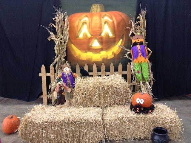 Halloween Photo Booth Backdrop Ideas Homeiforeignluxuryco