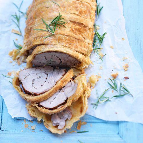 Rollade 'en croute' met spek & rozemarijn recept - Jamie magazine
