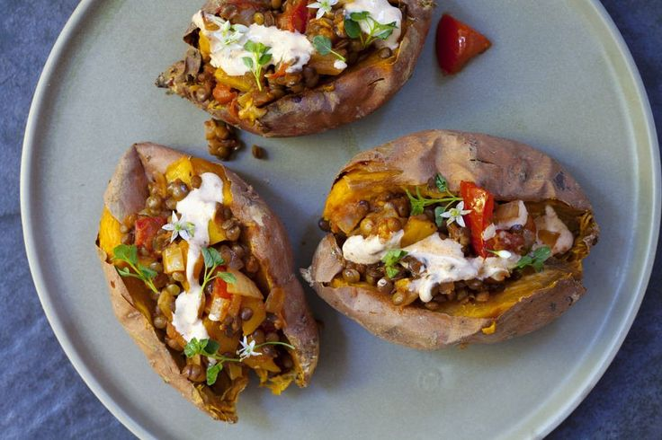 You will want to get your fork into this Baked Sweet Potato! Stuffing and baking, is seriously one of the best ways to eat a potato! Try it yourself and YOU be the judge :) Ingredients (serves 3):3 medium sweet potatoes2 tsp olive oil½ small brown onion, diced1 garlic clove, crushed½ medium yellow capsicum, diced1 tsp ground cumin1 tsp ground coriander½ tsp chilli powder½ tsp ground turmeric1 medium tomato, diced250g tinned lentils, drained and rinsed100ml salt-reduced vegetable stock½…