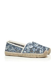 Cute blue and white espadrille  http://www.condoinoceancitymaryland.com/