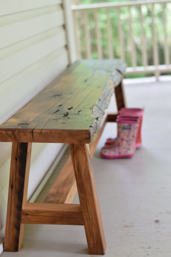 Substantial solid wood benches look great, are easy to live with, and have a cozy appearance. Here are some examples that you could DIY rela...