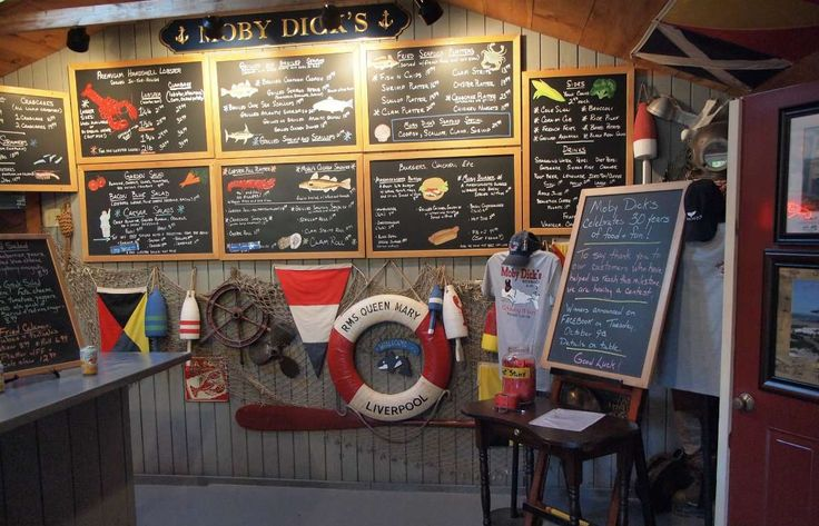 Moby Dick's is somewhere between a seafood shack and a family-style restaurant. You order at the cou... - Flickr/rickpilot_2000/CC4.0