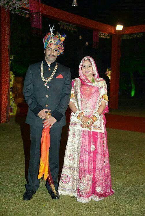 A couple dressed in traditional attire