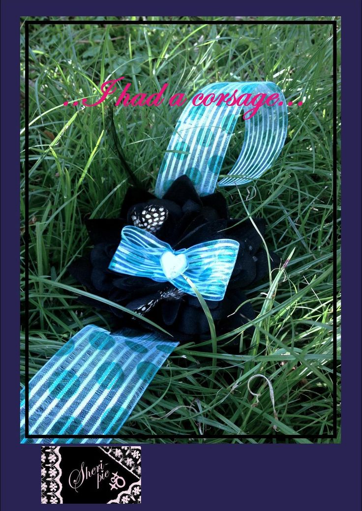 xo ♥  ..I had a corsage... ♥  xo   1 available.  Hairclip, broach-pin, and elastic band on the back.  $33 plus postage.  #SheriPiexoxo #corsage #accessorise #gifts