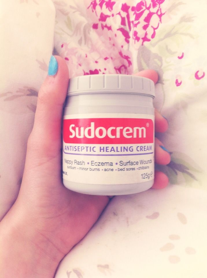 Get Rid Of Spots OVERNIGHT!Apply Sudocrem to your nose, your cheeks, or wherever you have pimples. Go to sleep (don't worry, it won't rub off) an in the Morning the pimples have shrunk!! I tried this and it worked. I hope it works for you too xxx 💖