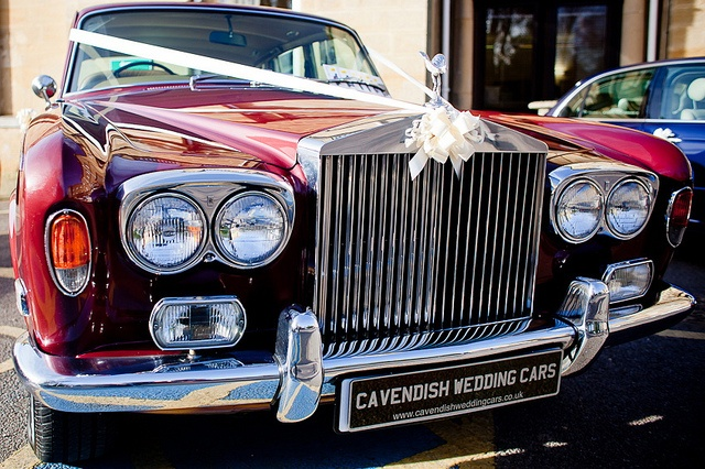 Chauffeur Driven Rolls Royce#wedding car ... Wedding ideas for brides, grooms, parents & planners ... https://itunes.apple.com/us/app/the-gold-wedding-planner/id498112599?ls=1=8 … plus how to organise an entire wedding, without overspending ♥ The Gold Wedding Planner iPhone App ♥