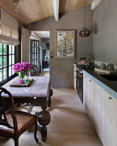Cozy and warm country home interiors - Belgian Pearls