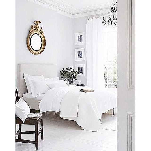 Snart får jag äntligen min egna lyxiga säng att bädda krispiga lakan i & längtan är total  Den är sååå fin. #nyahemmet #sleepo #inbed @sleepo_se @inbedsweden