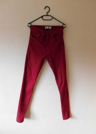 Kup mój przedmiot na #vintedpl http://www.vinted.pl/damska-odziez/rurki/12269217-boohoo-czerwone-dzinsy-rurki-wysoki-stan-36