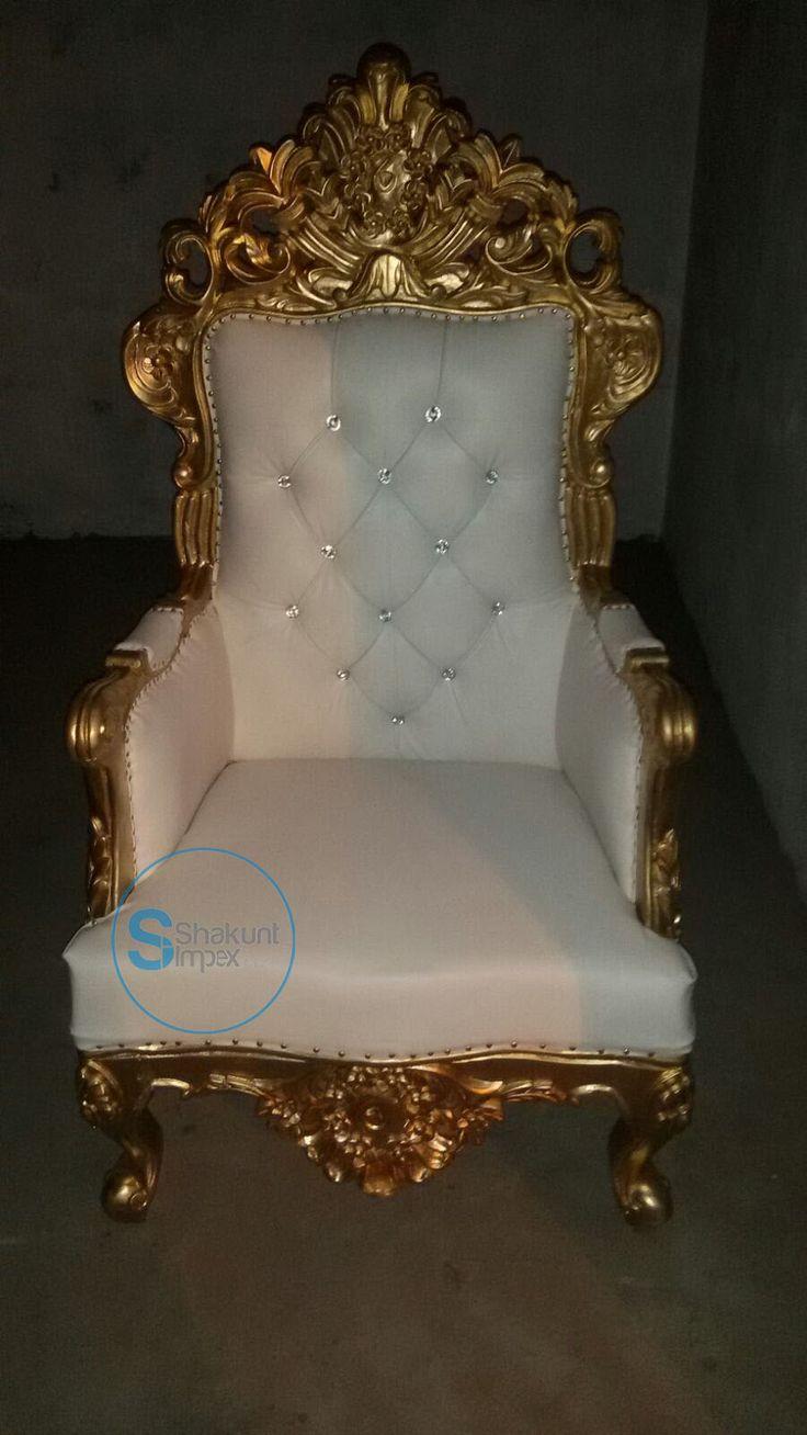 Hand carved chair @shakuntimpex #shakuntimpex #handcarvedfurniture