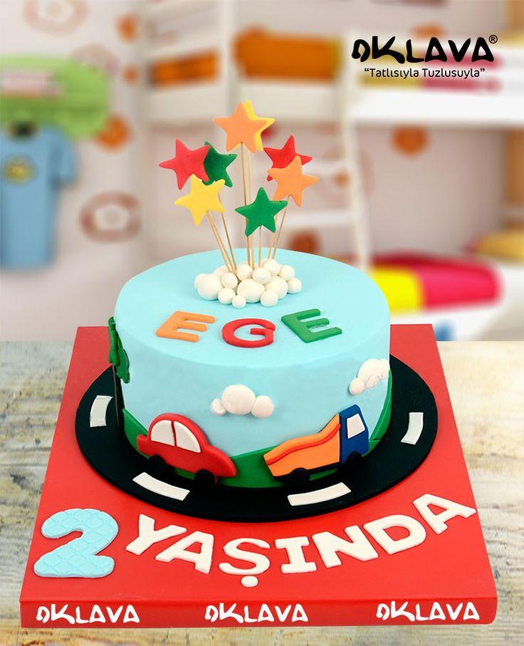 Renkli Arabalar Doğum Günü Pastası size ve sevdiklerinize özel pastalar. Ürün fiyatı ve detayları için tıklayınız. Veya 0212 503 43 73 telefon numaramızdan arayınız.