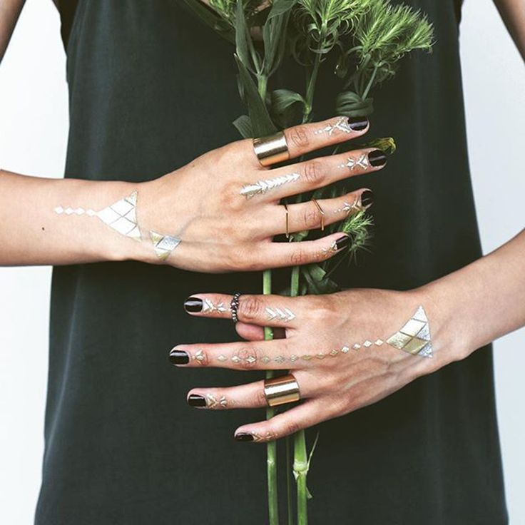 ☀ Happy Sunday#Golden tattoos#the perfect jewel for all parties!