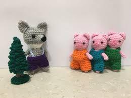 Risultati immagini per les trois petits cochons AMIGURUMI