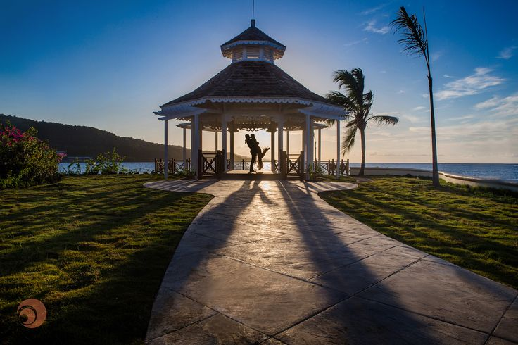 A couple captured in this beautiful and sunset at @palaceresorts Moon Palace Jamaica Grande Resort & Spa #Jamaica