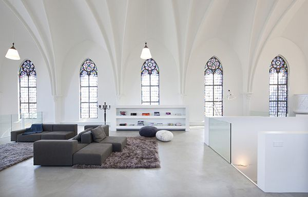 Originallybuilt in 1870, the historical St. JakobusChurchin Utrecht, the Netherlands was converted into a spectacular home by ZECC Architects. Thefurnitureand interiorstylingwasdoneby Thomas Haukes of (springers) wonen. Photo courtesy of ZECC Architects.