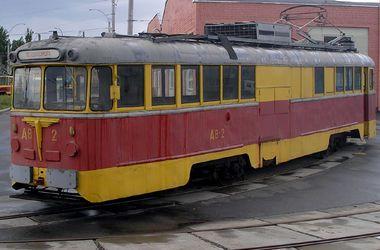 В Киеве на территории депо сгорело два вагона трамвая - СЕГОДНЯ