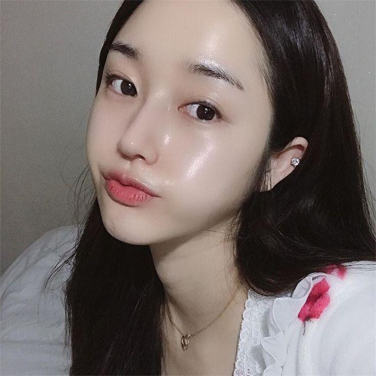 DIY FACE SCRUB in 2021   Pale skin makeup, Glass skin, Pretty skin
