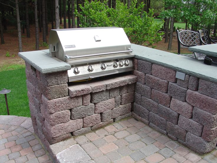 7 best images about outdoor kitchens on pinterest home for Block outdoor kitchen
