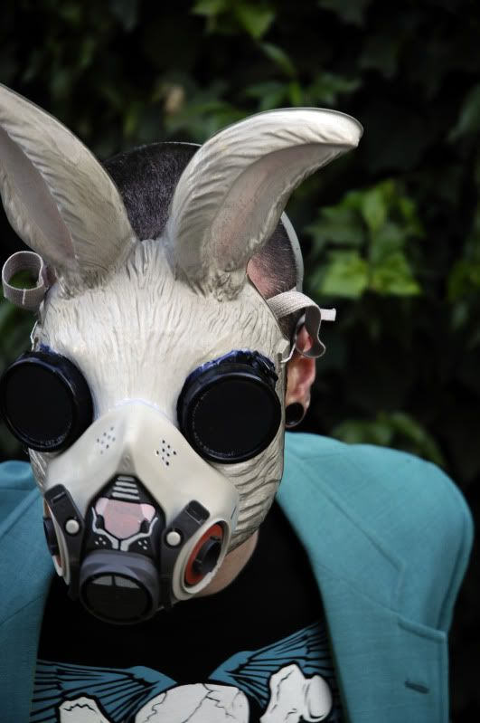 Rabbit Gas Mask: Rabbit Masks, Cases, Cities, Rabbit Gas, Bunnies Gas, Masks Masks, Gas Masks Oh, Animal Masks, White Rabbit