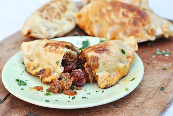 Chilli con carne empanadas are a great way to take your chilli to a picnic, perfect for parties or just a fun & original way to eat chilli at home.