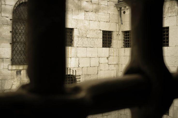 In prigione Photographer: Elena Perlotti - 2015 #venice #prigione