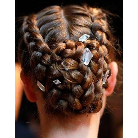 20 coiffures tressées pour passer l été en beauté