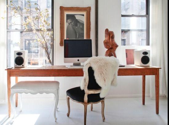 desk: Desks Area, Parisians Chic, Living Rooms, Desks Chairs, Offices Spaces, Work Spaces, The Offices, Home Decor, Home Offices