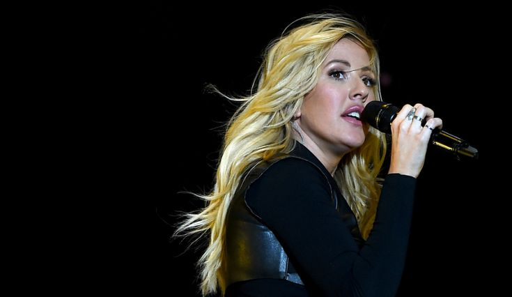 Ellie Goulding Hits A Rough Patch: Band Quits Tour, Bad Reviews, Anxiety Vacation Needed