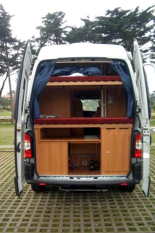 renault master possl roadmaster la gran pitufa furgokike family campers pinterest. Black Bedroom Furniture Sets. Home Design Ideas