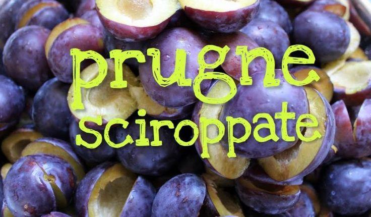 Ricetta per le prugne sciroppate fatte in casa con ingredienti semplici e pochi facili passaggi, bastano solo frutta fresca, acqua e zucchero.