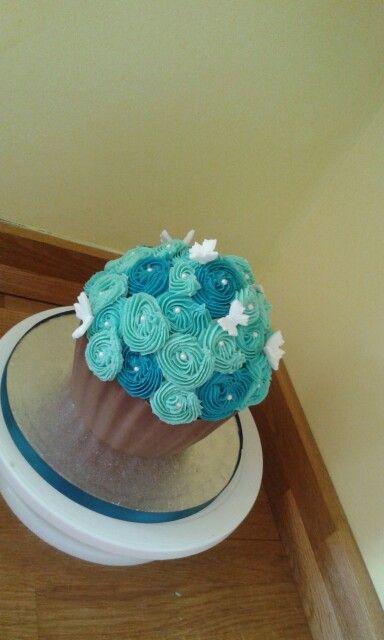 Blue swirl cake