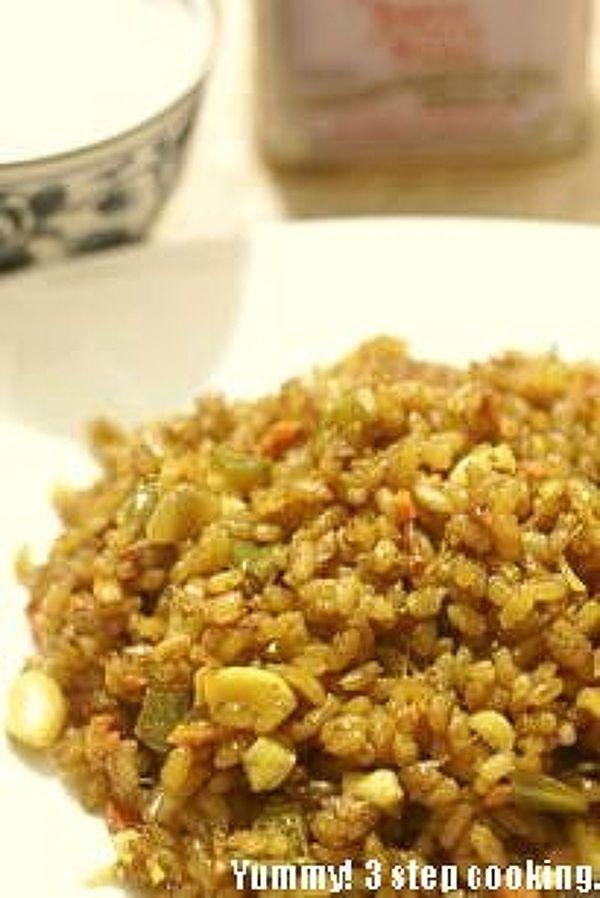 香り高~い!インドのカシューナッツ入り野菜ピラフ、ベジタブル ...