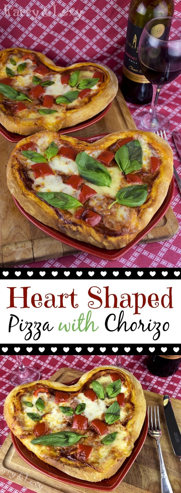 If you would like to surprise the loved one with a romantic dinner, there is nothing better than a homemade pizza. A heart shaped pizza with chorizo I mean.