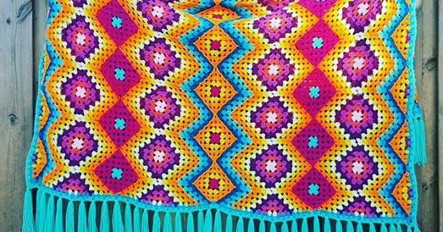بطانيات الكروشية طريقة بطانية كروشية غرزة الزجزاج مفرش كروشية مربعات جراني Crochet Afghan Blanket Crochet Blanket