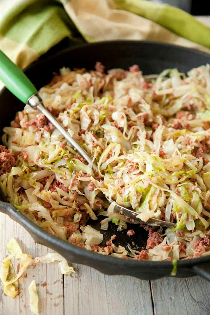 Paula Dean easy corned beef n cabbage