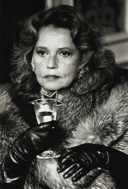 HELMUT NEWTON  Jeanne Moreau, Paris 1985. / More visual inspiration on Interiorator.com - transmitting tomorrow's trends today. http://www.interiorator.com